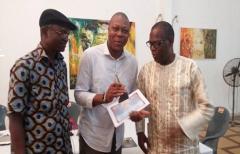 Ousmane ALEDJI reçoit le trophée de MÉRITE SPÉCIAL