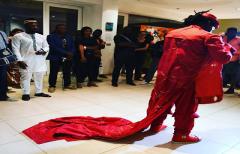Mots Magiques et performance déambulatoire de Rafiy au départ de Cotonou