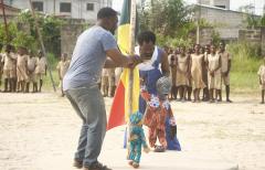 L'art de la marionnette pour sensibiliser la jeunesse aux violences basées sur le genre